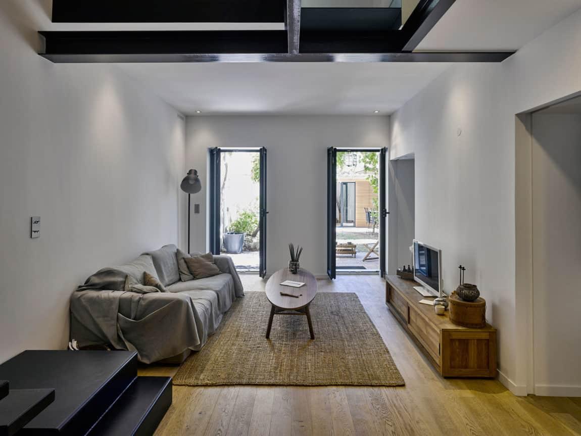 Duplex in Marseille by T3 Architecture (2)