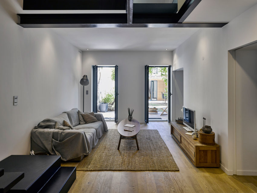 Duplex in Marseille by T3 Architecture (2)