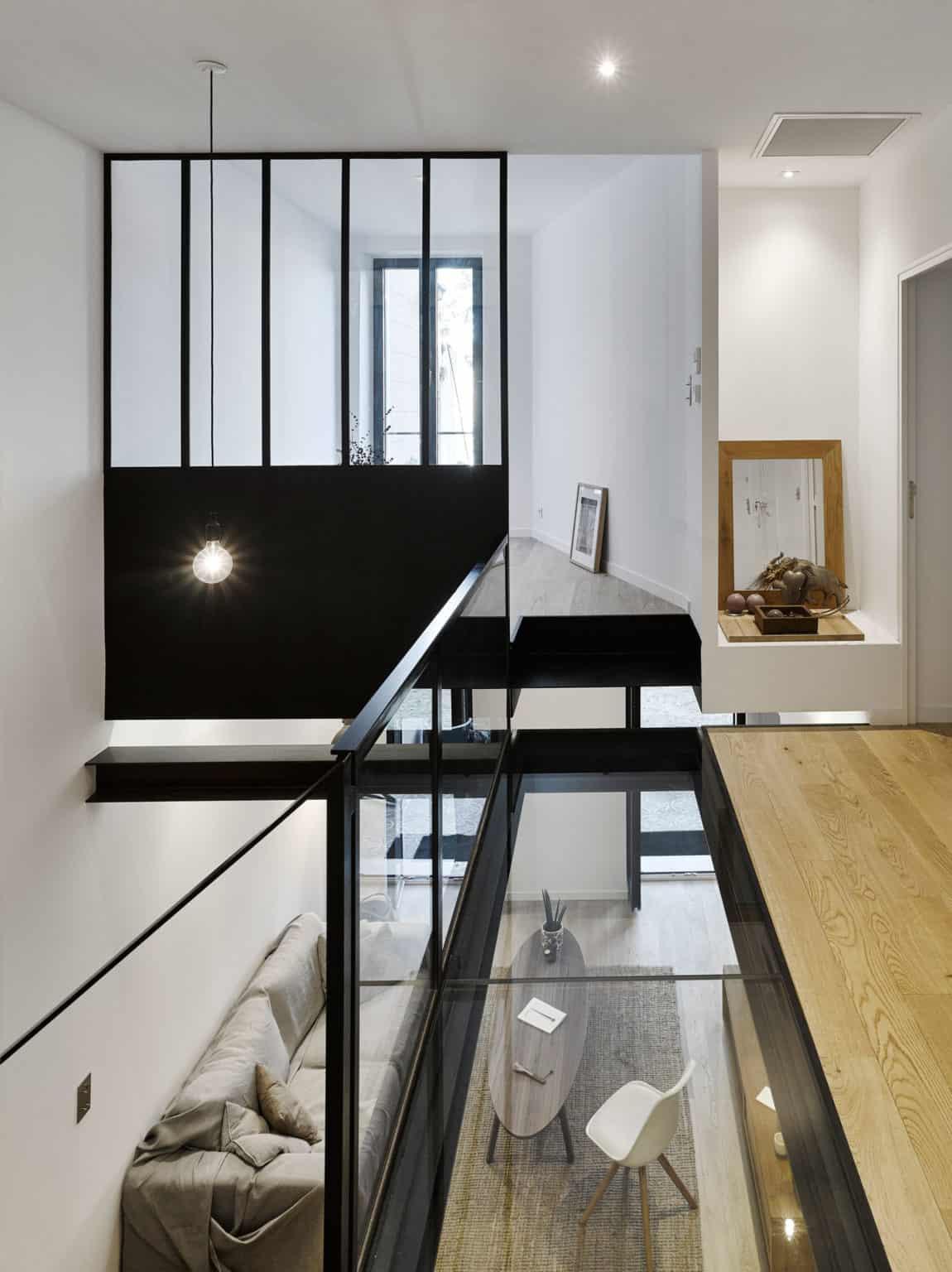 Duplex in Marseille by T3 Architecture (11)