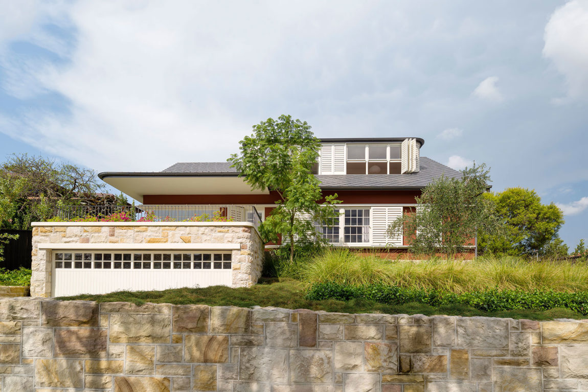 Hill Top Cottage by Luigi Rosselli Architects (1)