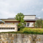 Hill Top Cottage by Luigi Rosselli Architects (2)