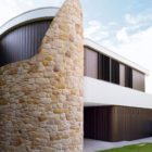 Martello Tower Home by Luigi Rosselli Architects (3)