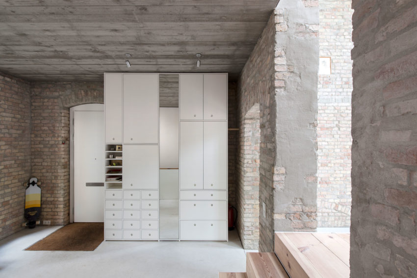 A 19th-Century Home in Berlin Gets Revamped by asdfg Architekten