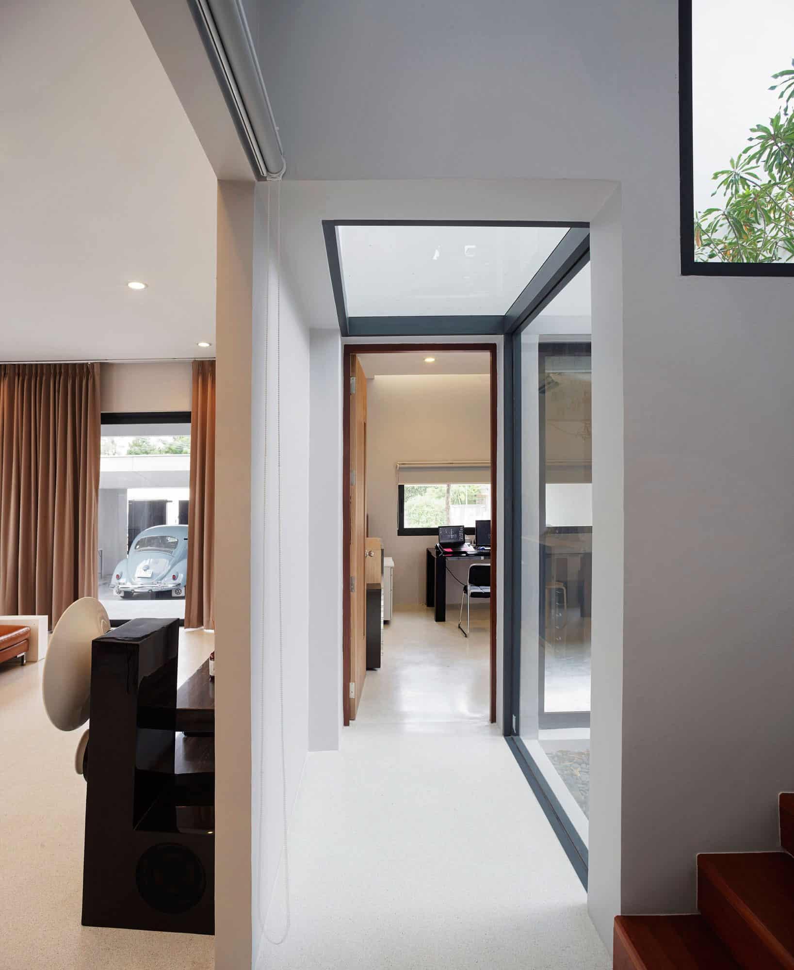 Nawamin 24 House by I Like Design Studio (3)