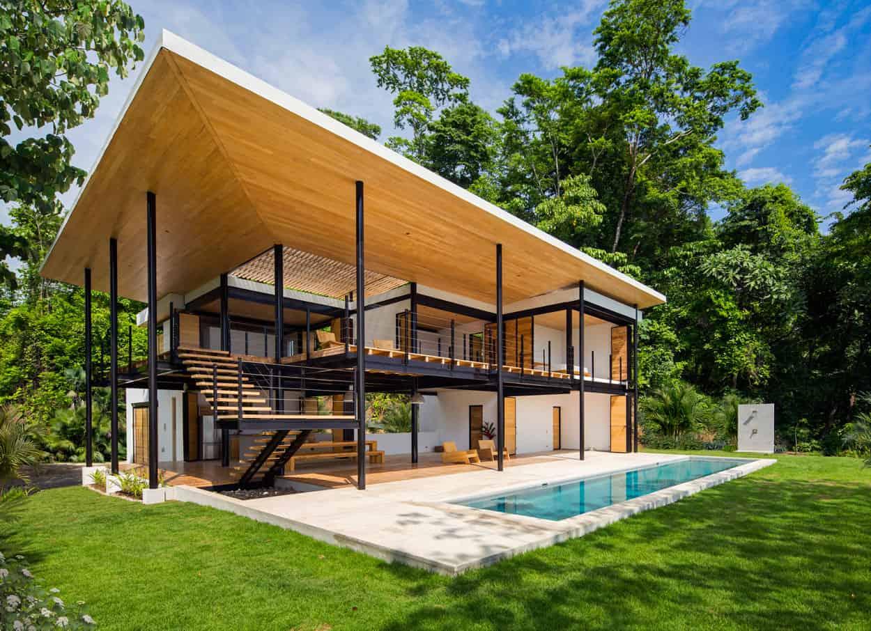 Benjamin Garcia Saxe Designs a Home in Costa Rica with Ocean Views