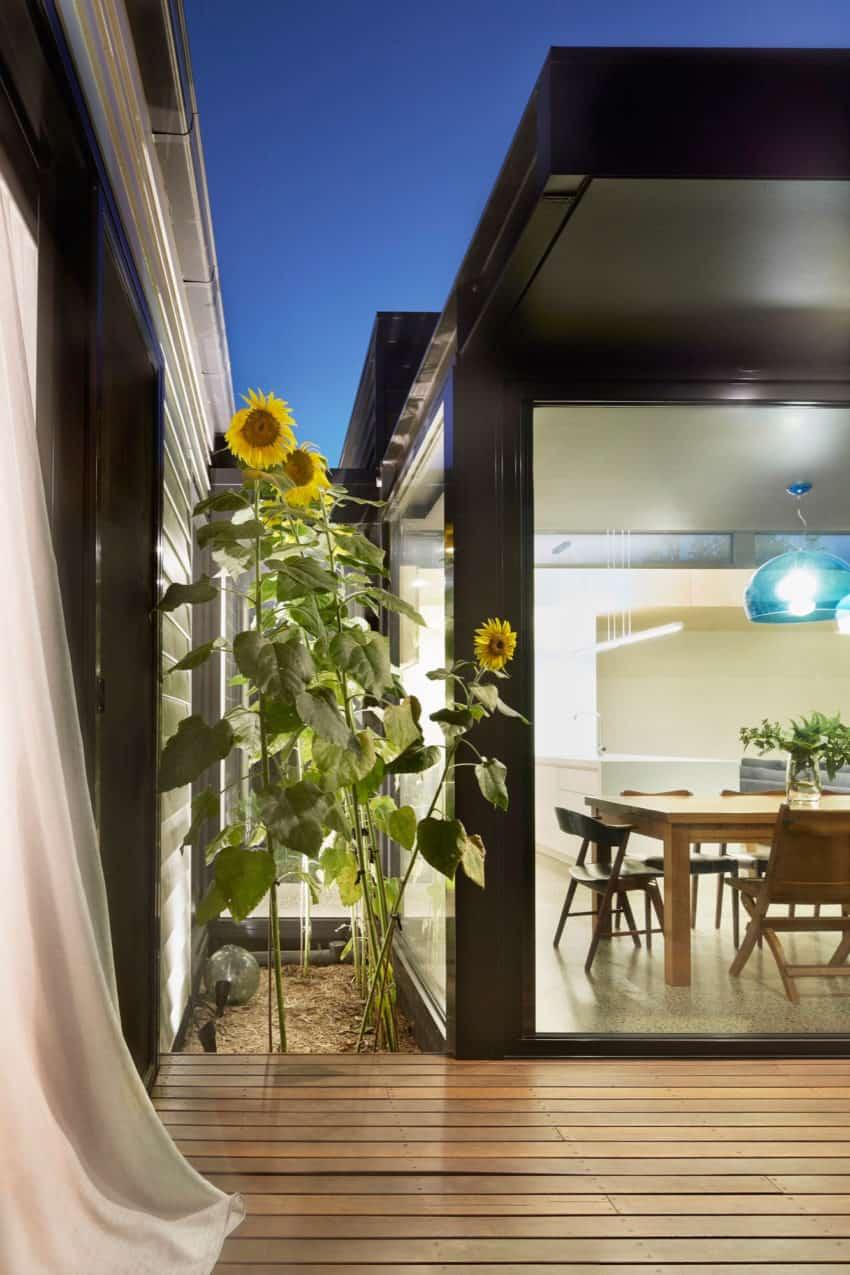 Pod House by Nic Owen Architects (15)