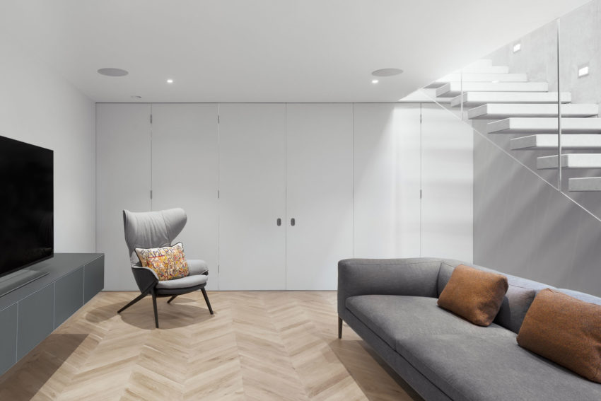 SW6 Lightwell House by Emergent Design Studios (4)