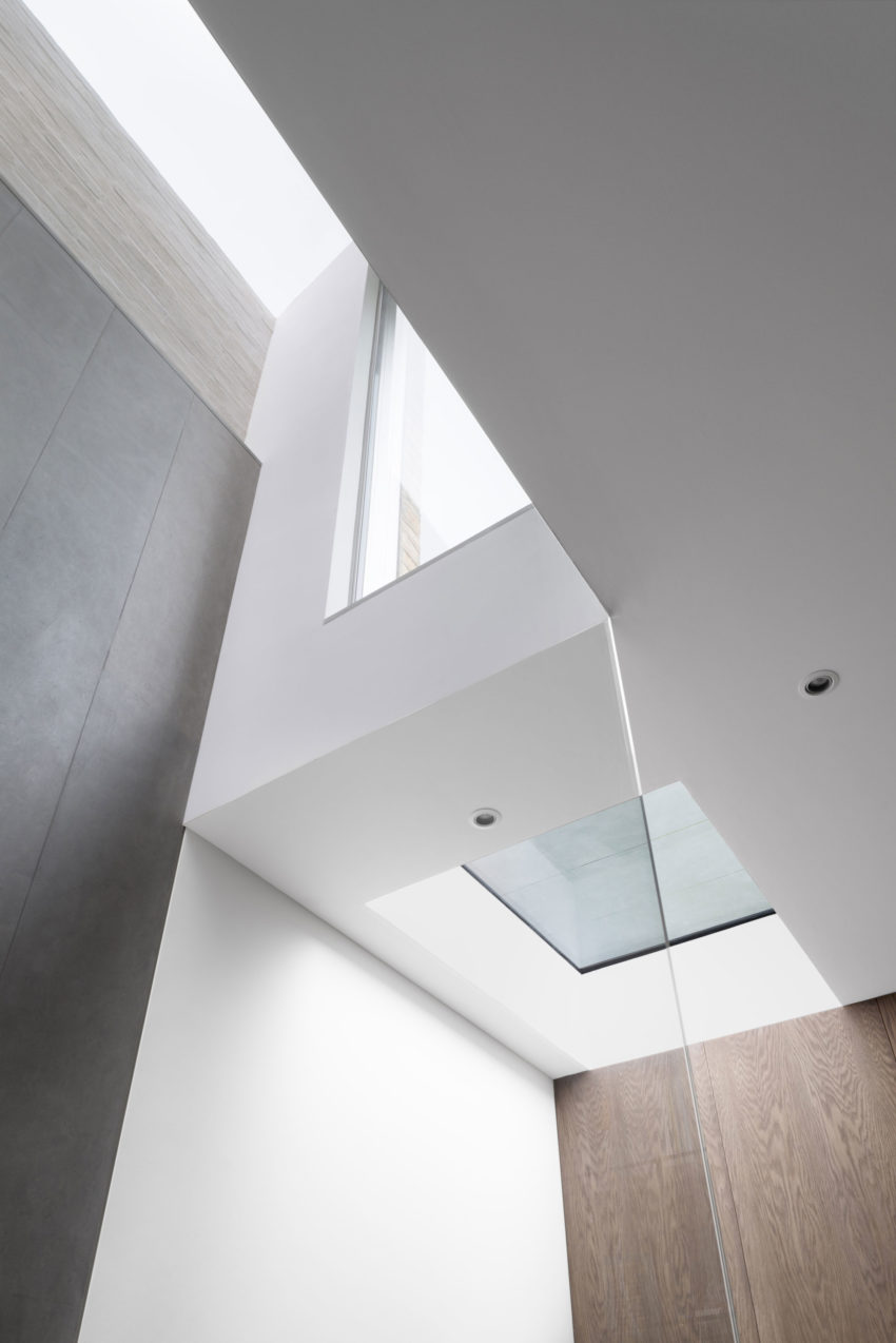 SW6 Lightwell House by Emergent Design Studios (8)
