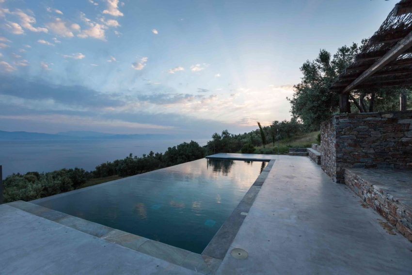 Summer House in Euboea by GEM ARCHITECTS (14)