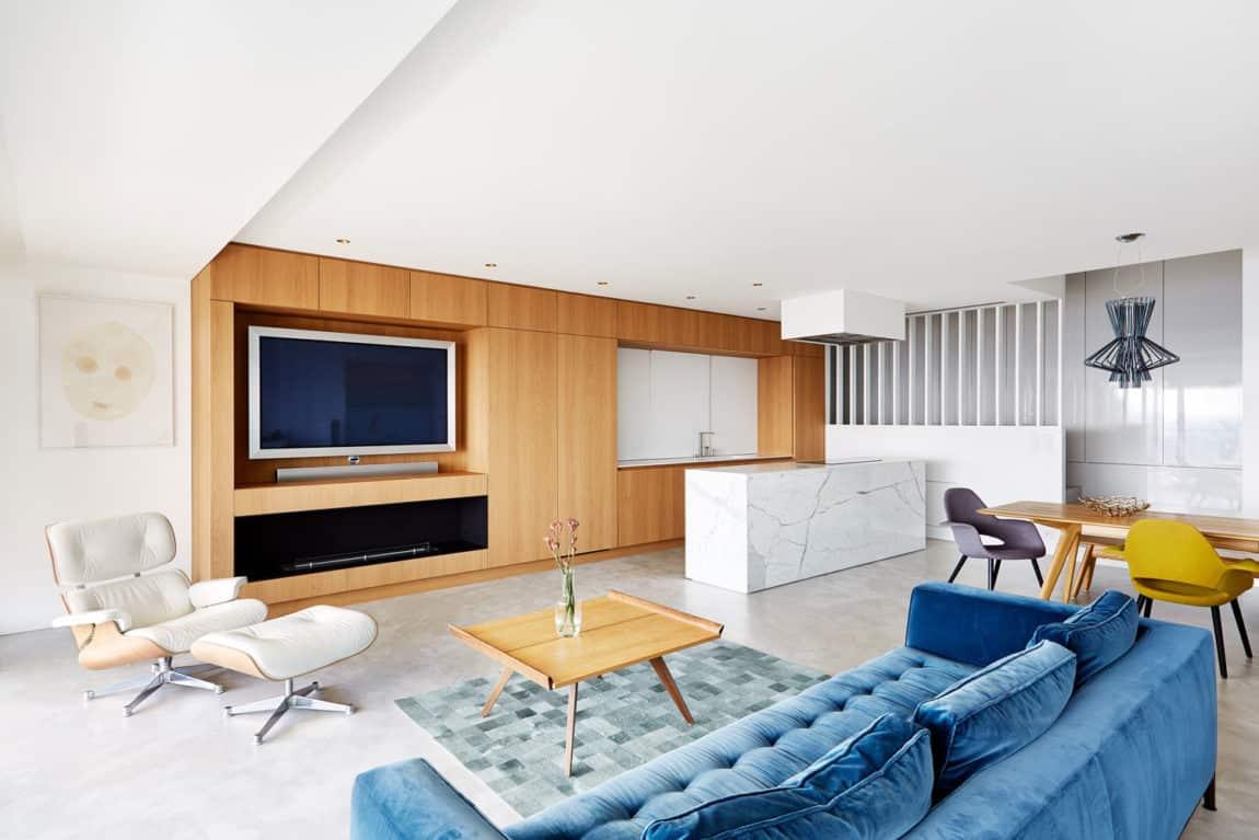 Triplex Apartment in Prague by Markéta Bromová (4)
