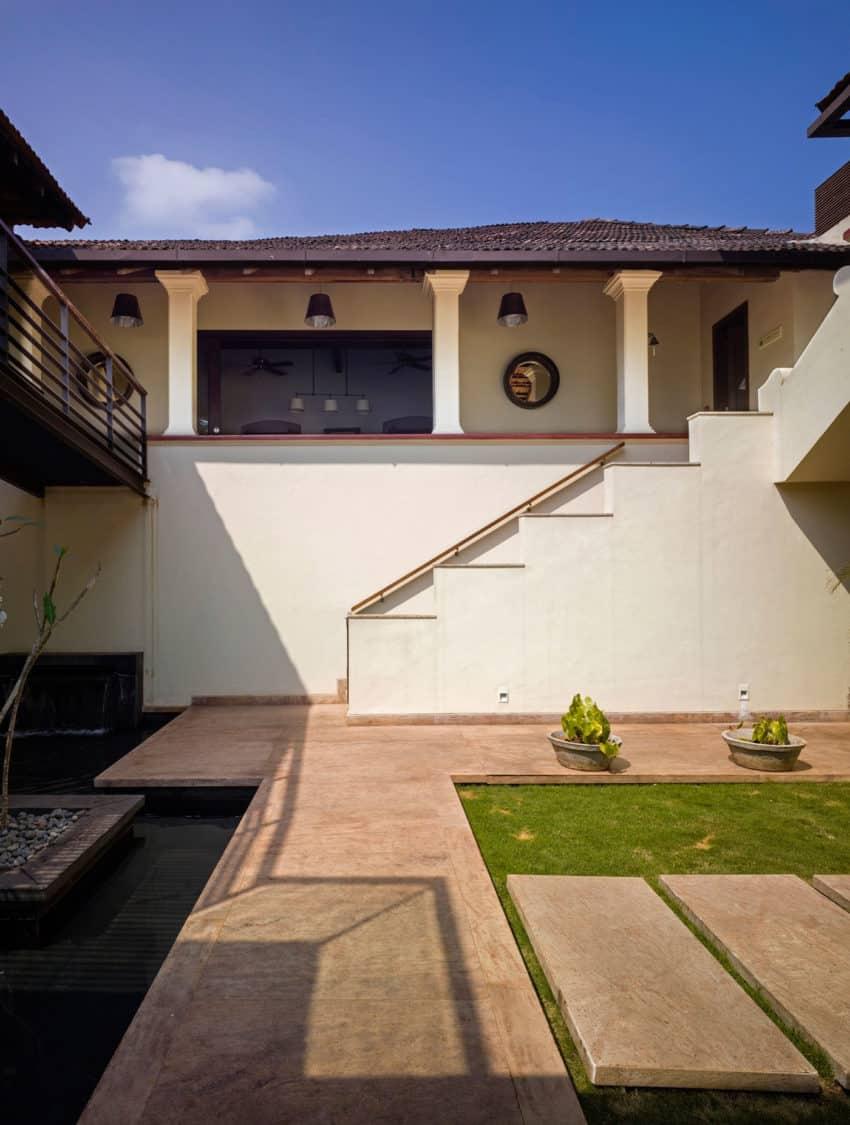 Villa Ribander by Raya Shankhwalker Architects (7)