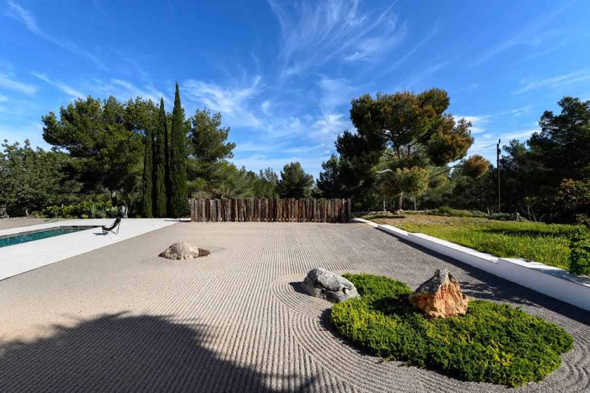 Villa in Ibiza by arcosarchitecture (4)