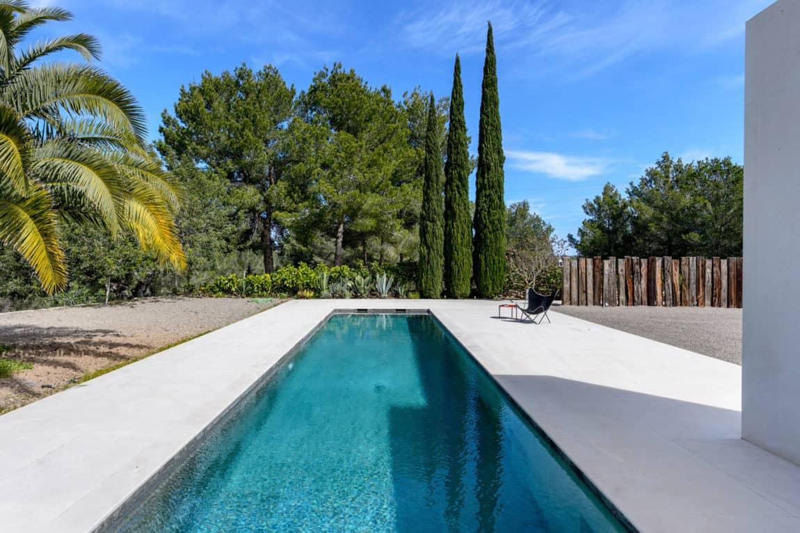 Villa in Ibiza by arcosarchitecture (5)