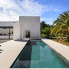 Villa in Ibiza by arcosarchitecture (6)