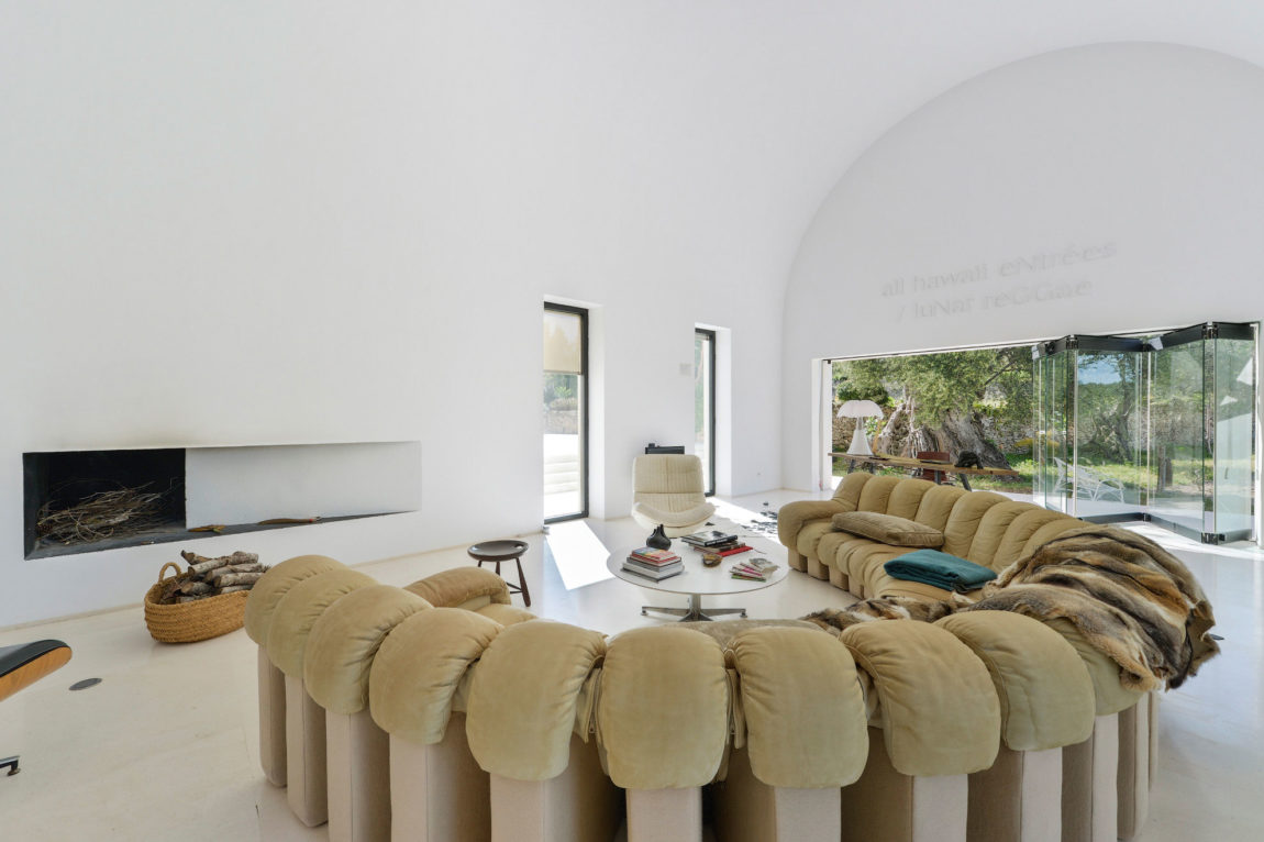Villa in Ibiza by arcosarchitecture (10)
