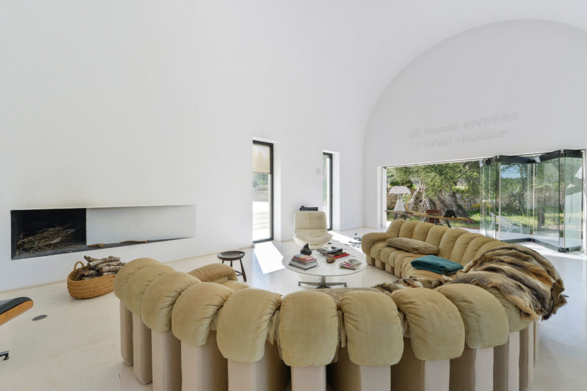 Villa in Ibiza by arcosarchitecture (10)