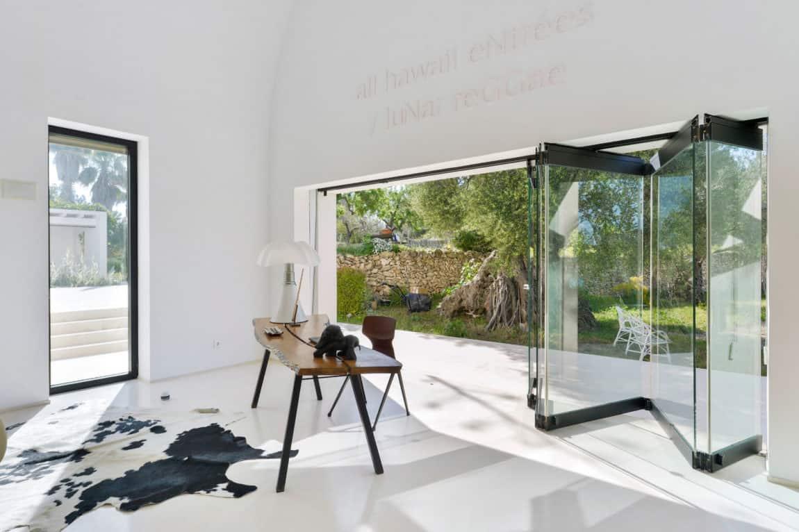 Villa in Ibiza by arcosarchitecture (13)