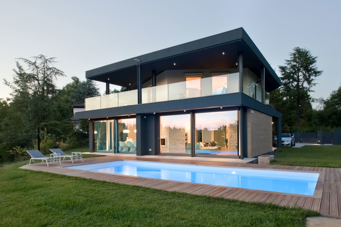 Villa on The Hills by iarchitects (1)