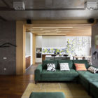 Vishnya Apartment by Sergey Makhno Architects (6)