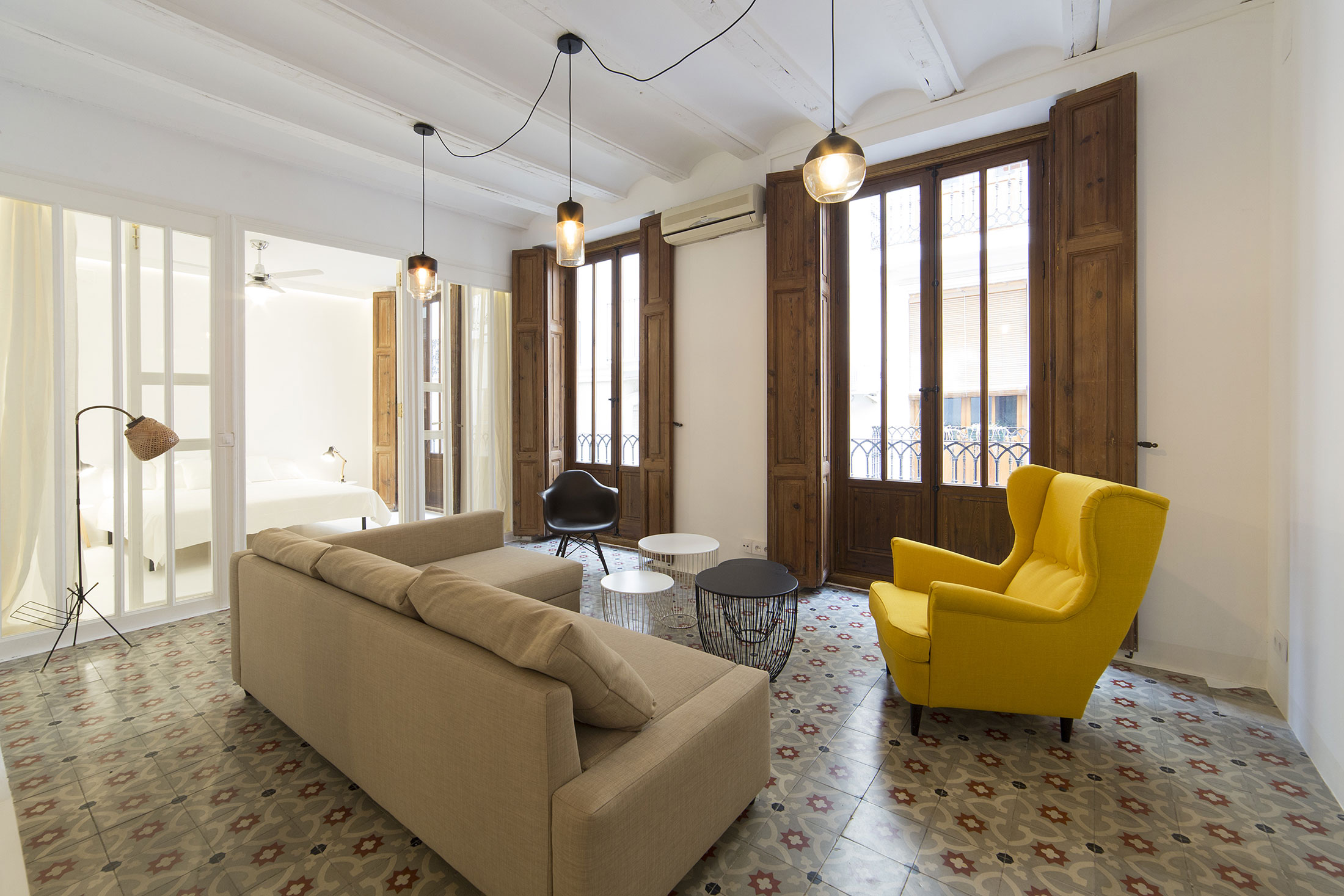 Apartment in Old City by Anne Guinault (5)