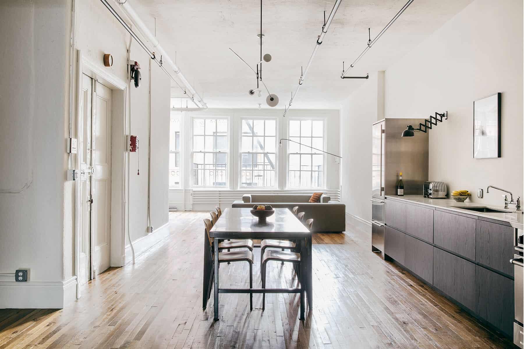 Elizabeth Roberts Architecture & Design Creates a New York City Loft on Bond Street