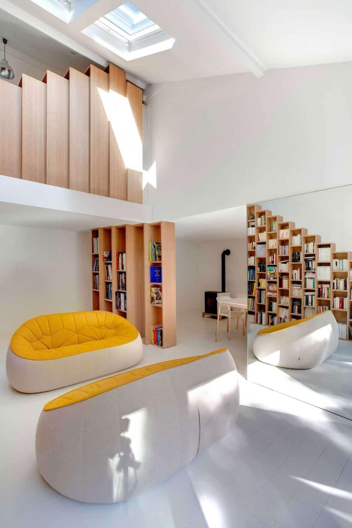 Bookshelf House by Andrea Mosca Creative Studio (4)