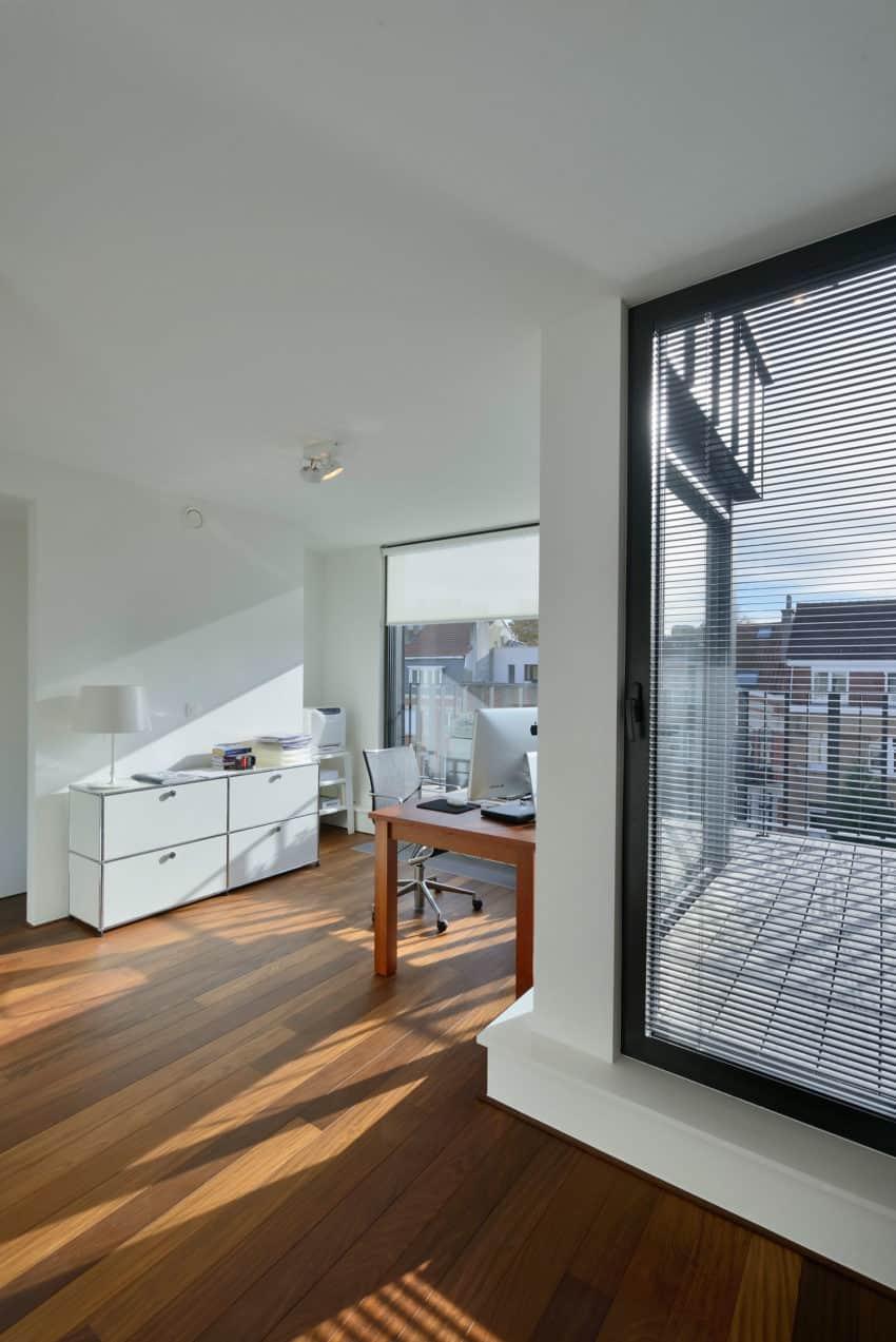 CAS 48 House by Urban Platform (13)