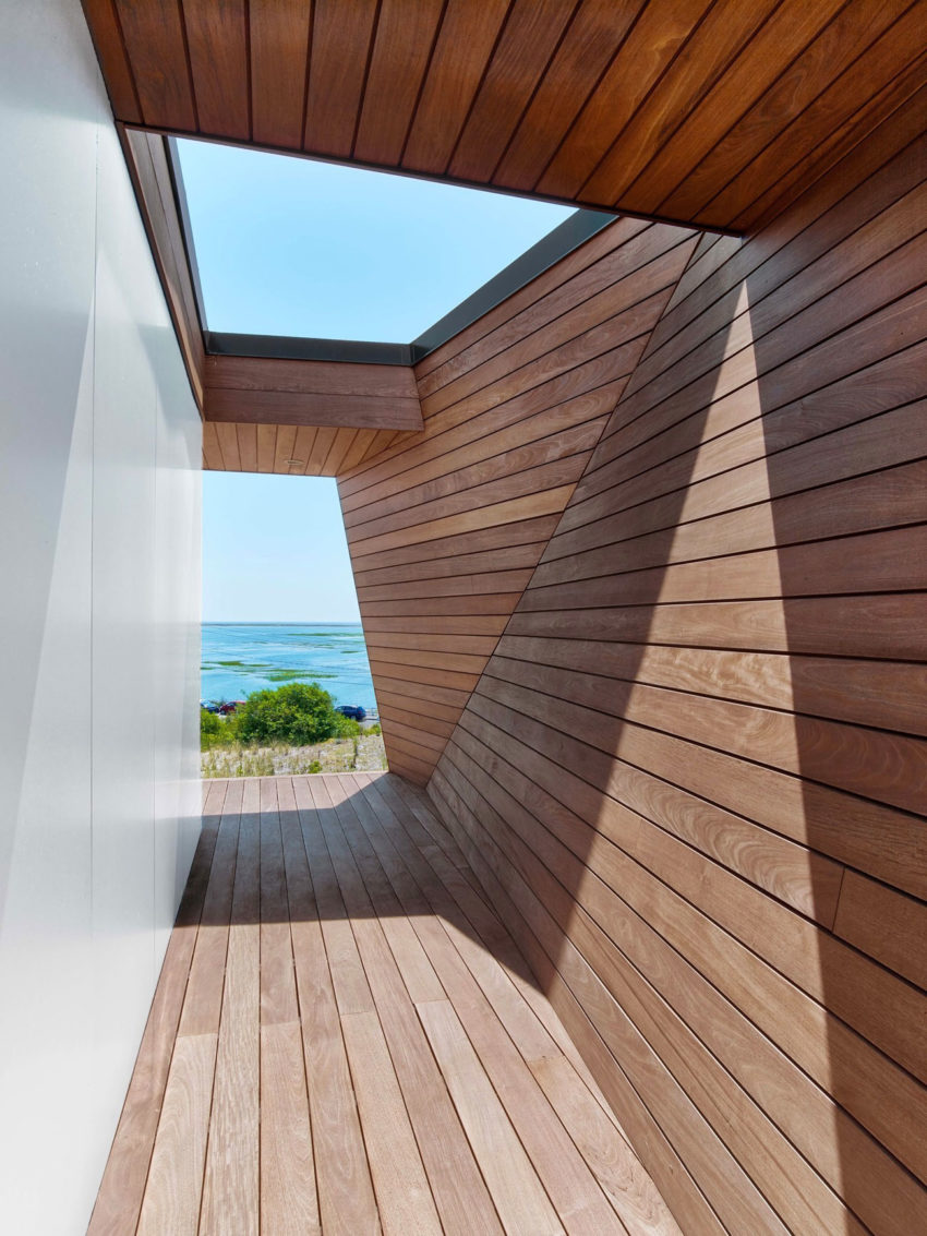 Cape Cod Beach House by Hariri & Hariri Architecture (6)