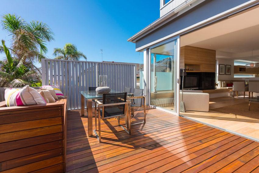 Look interior design renovate a 1960s home near sydney for Interior designs australia