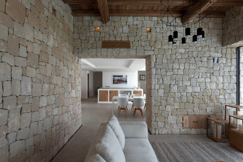 Driessen House by Antonio Altarriba Arquitecto (5)
