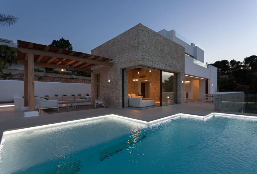 Driessen House by Antonio Altarriba Arquitecto (9)