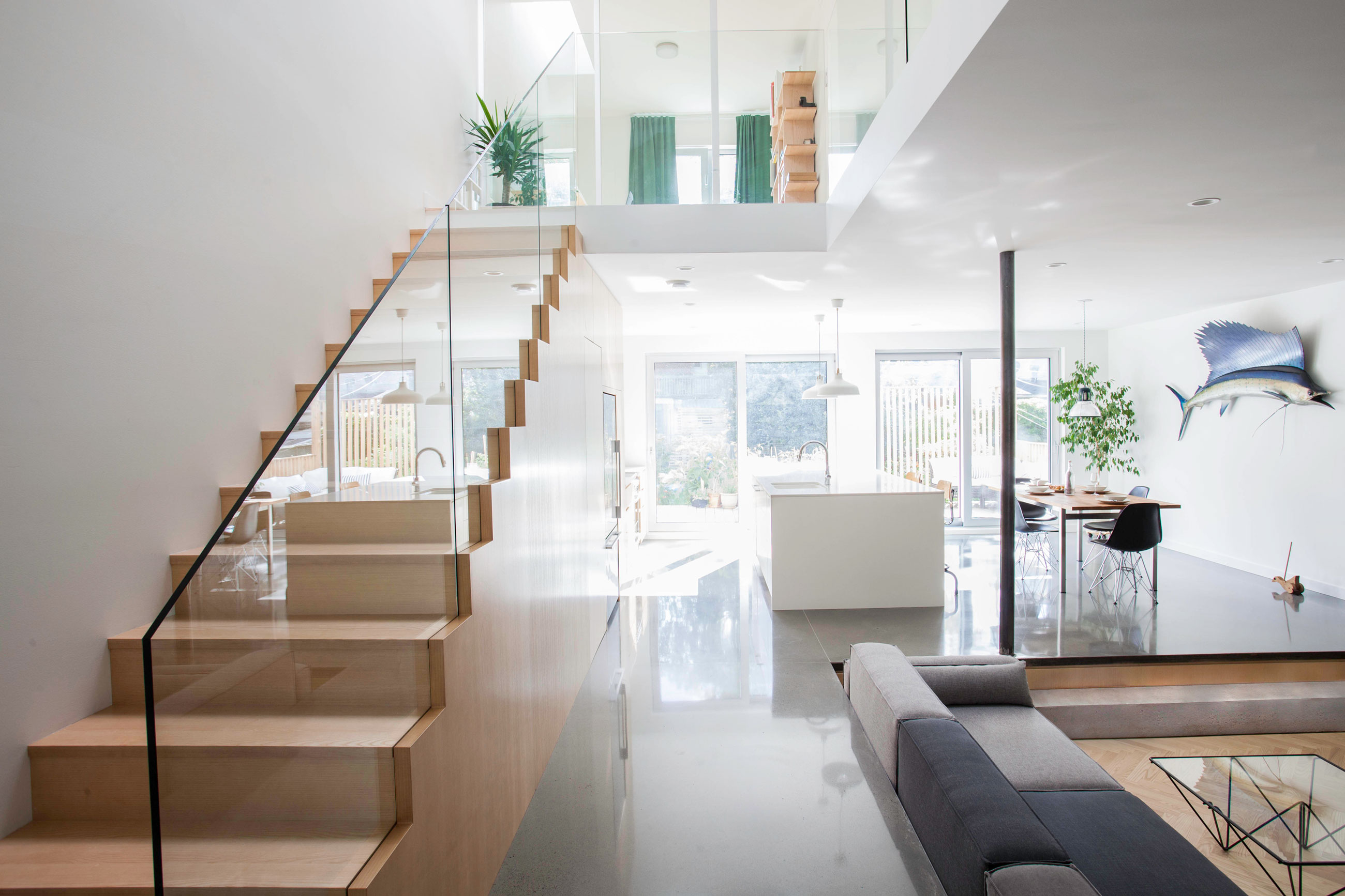 APPAREIL Architecture Completes a Home Renovation in Montréal