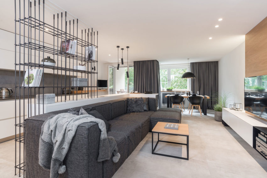 Grey & Wood Apartment by OOOOX (1)