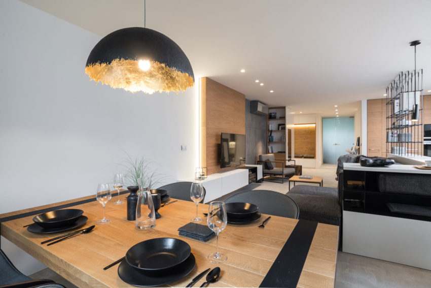 Grey & Wood Apartment by OOOOX (10)