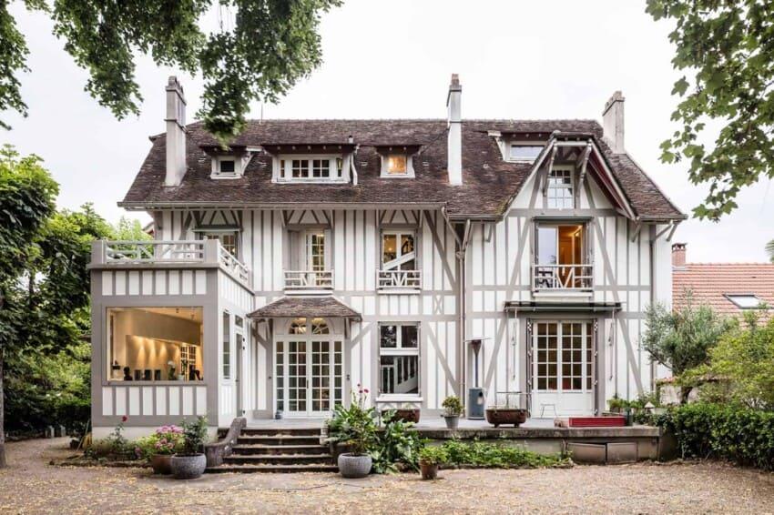 Refurbishment of a Maison à Colombages by 05AM (1)
