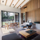 House Under Eaves by MRTN Architects (9)