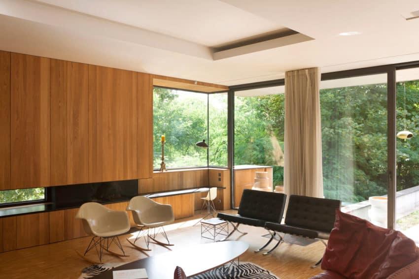 House Charbonnières-les-Bains by Atelier Didier Dalmas (11)