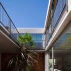 Libertad Street House by Pedro Livni (4)