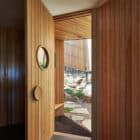 Split House by BKK Architects (14)