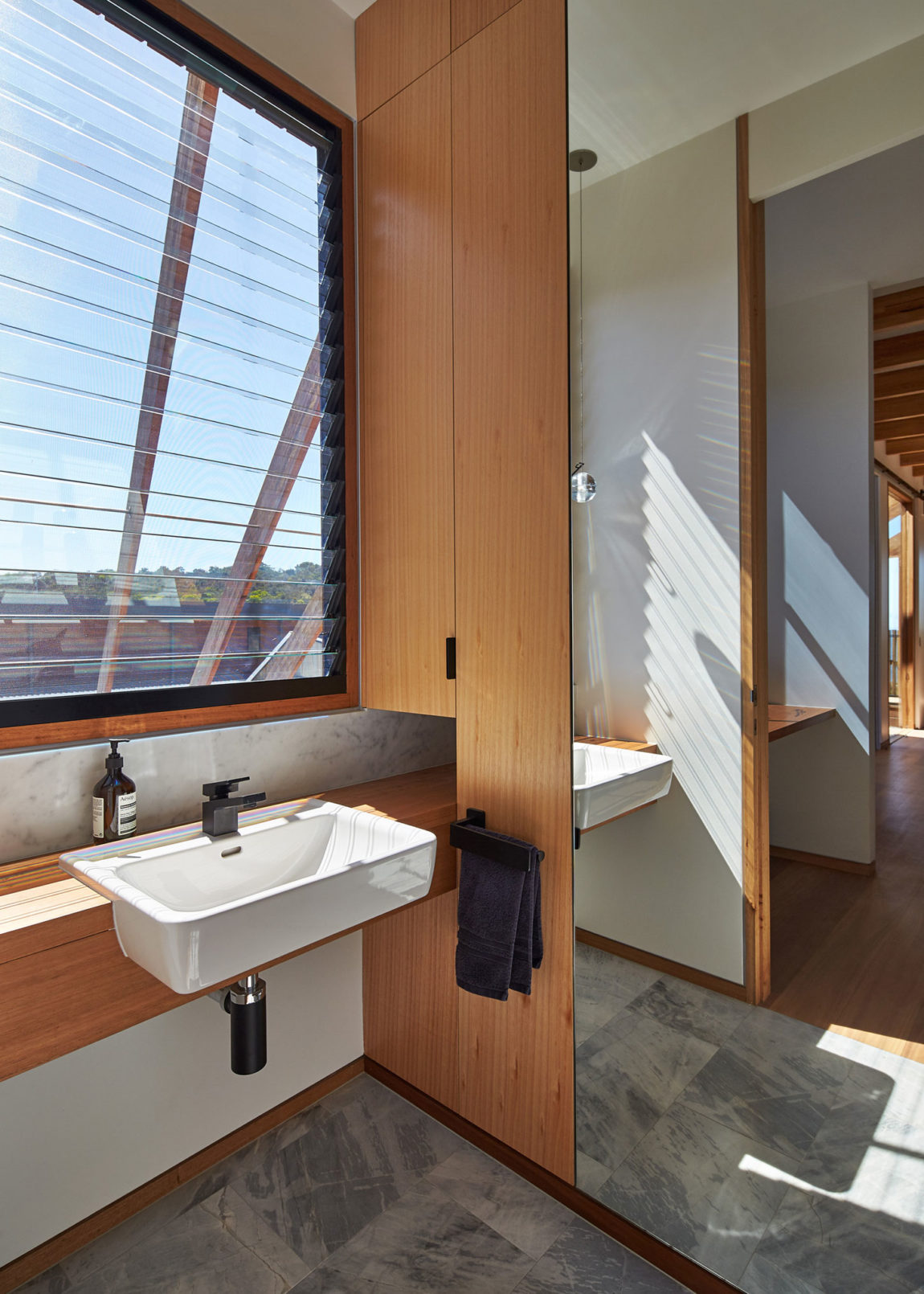 Split House by BKK Architects (25)