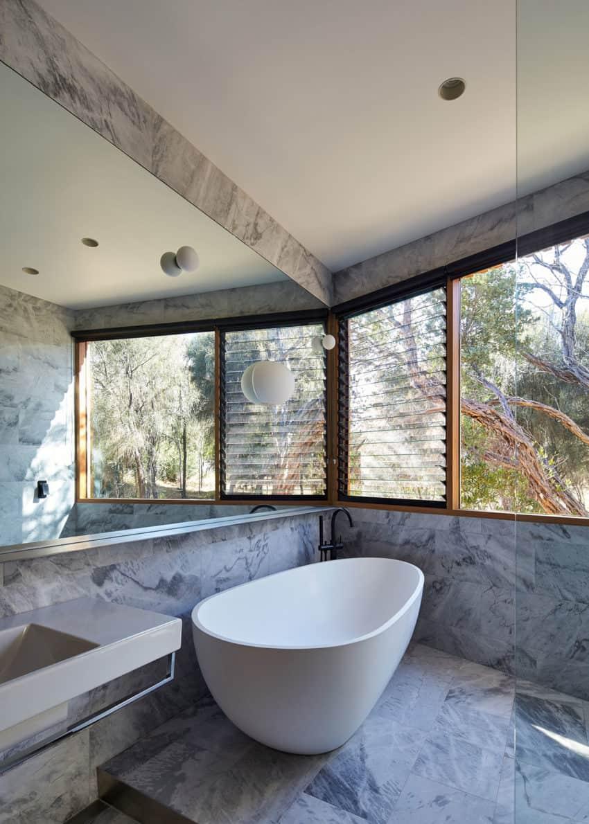 Split House by BKK Architects (26)