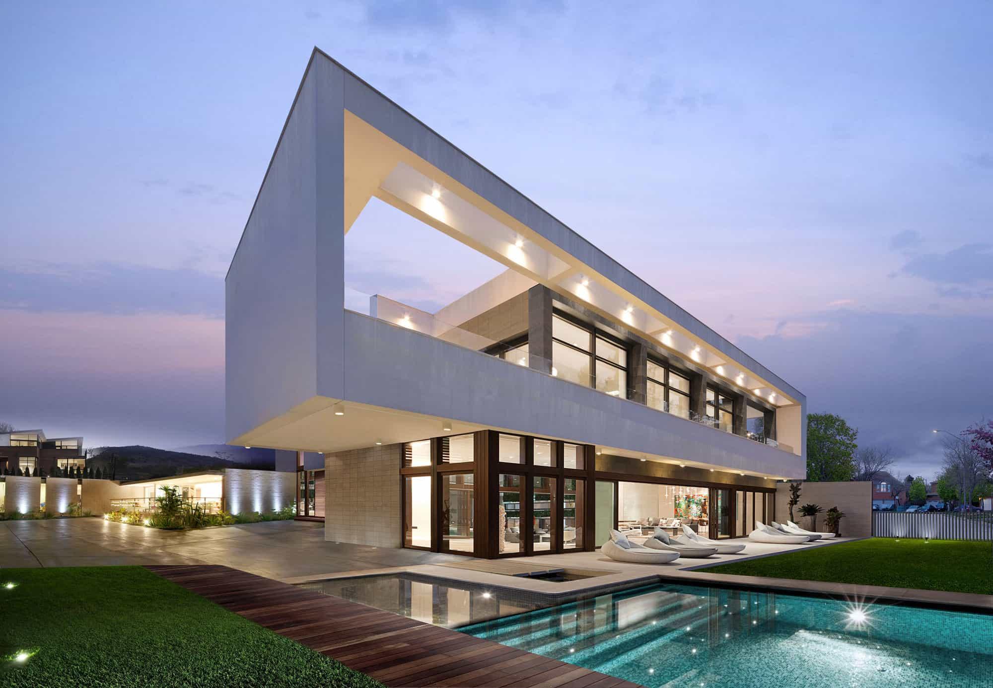 Wolf Architects Design a Contemporary Villa in Los Angeles, California