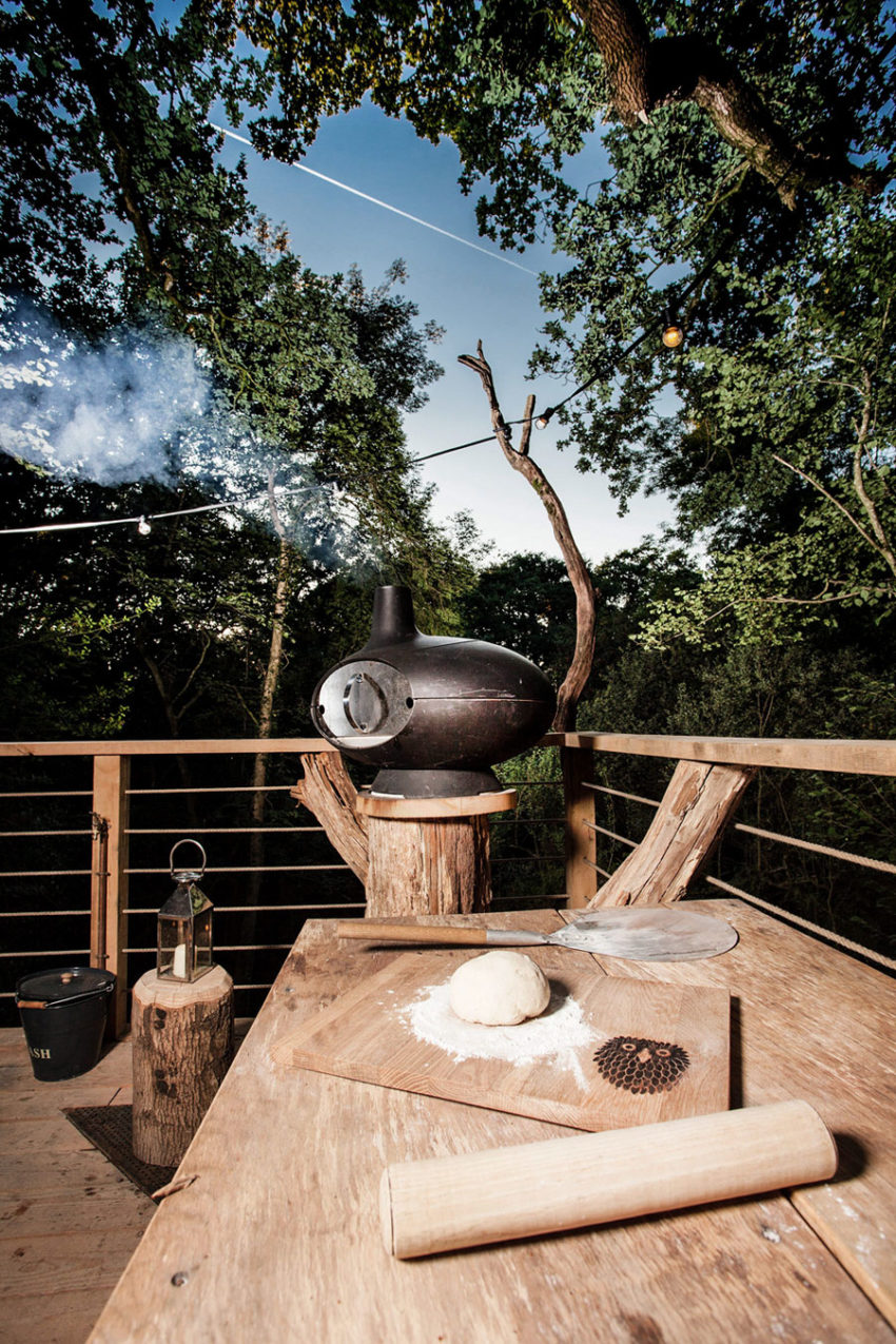 The Woodman's Treehouse by Mallinson Ltd & BEaM studio (9)