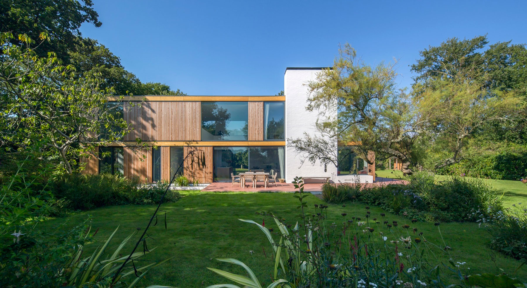 Woodpeckers by Ström Architects (2)