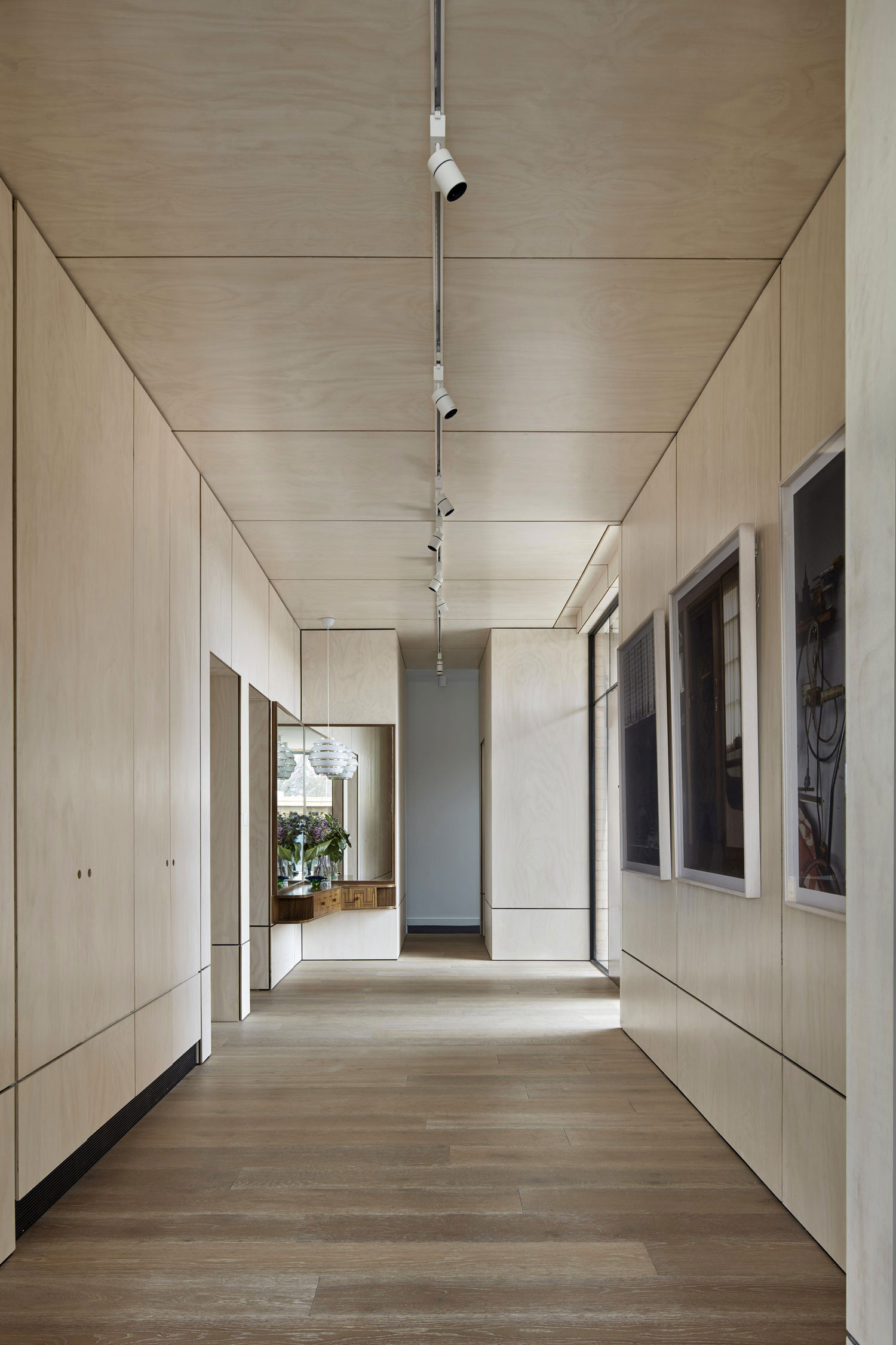 Writer's House  by Branch Studio Architects (5)