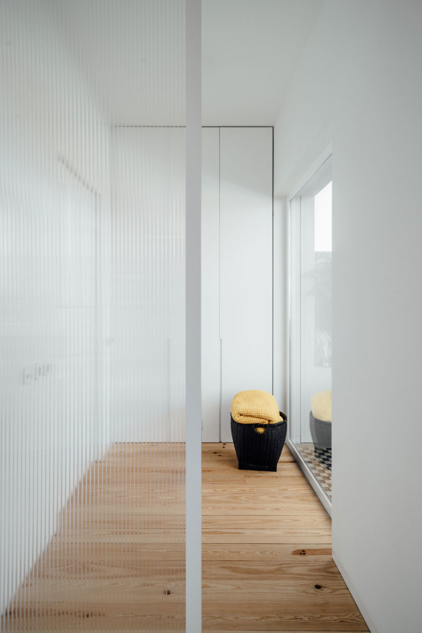 B.A.Apartment by Atelier Data (5)