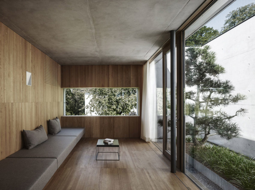 Concrete House by Marte.Marte Architects (30)