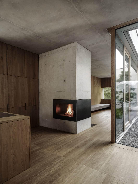 Concrete House by Marte.Marte Architects (31)