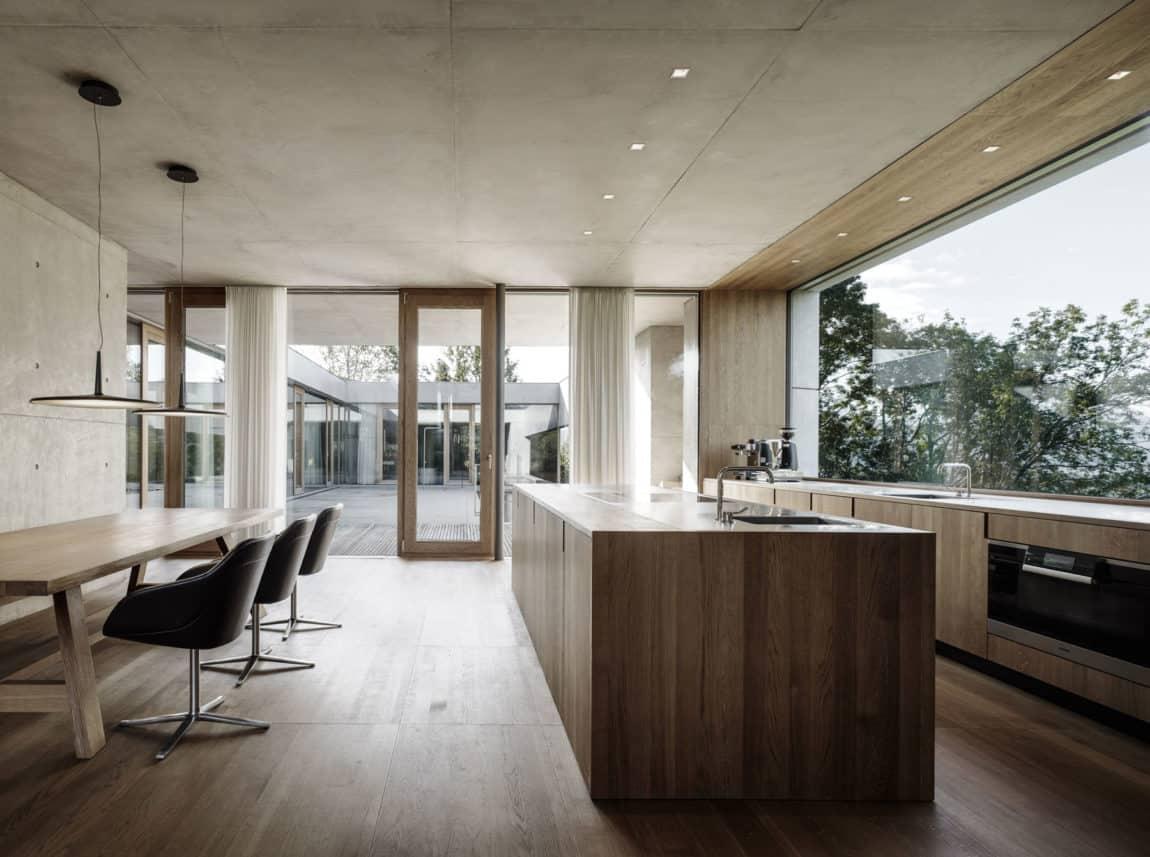 Concrete House by Marte.Marte Architects (32)