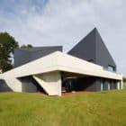 House in Krostoszowice by RS+ Robert Skitek (4)